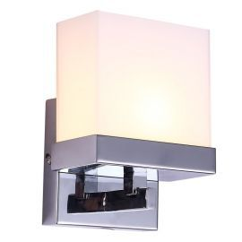 "1-Light Chrome Finish Bathroom Wall Light, 6"" Width"